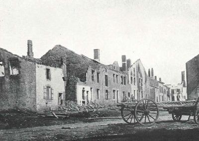 La Grand rue à Bazeilles après les combats