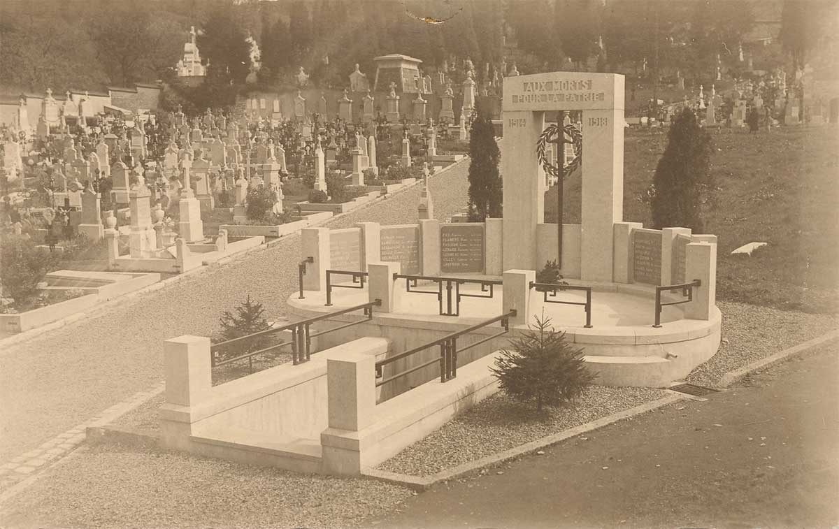 La crypte du cimetière communal
