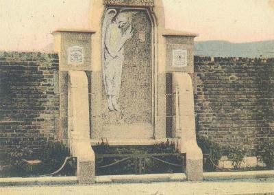 Andenne - Le Monument au mur des fusillés